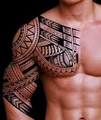 tatuaje-maorí-hombro